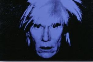 Andy Warhol, Self-Portrait (blue), 1986, Siebdruck und synthetische Polymere auf Leinwand, Mondstudio Collection © VBK, Wien, 2005