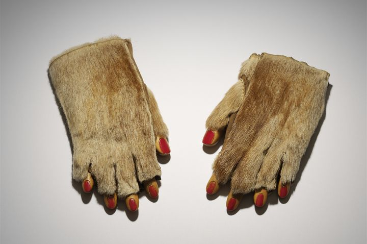Meret Oppenheim, Pelzhandschuhe, 1936, Ursula Hauser Collection, Switzerland, Foto: Stefan Altenburger Photography, Zürich © VBK, Wien, 2013